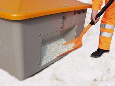 Nádoba na posypový materiál GRP - 700 litrov s otvorom na lopatu
